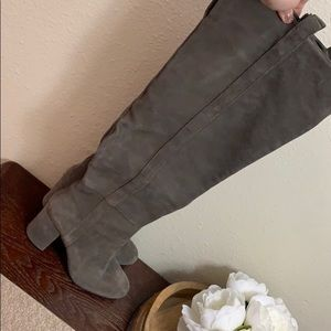Knee high suede gray boots